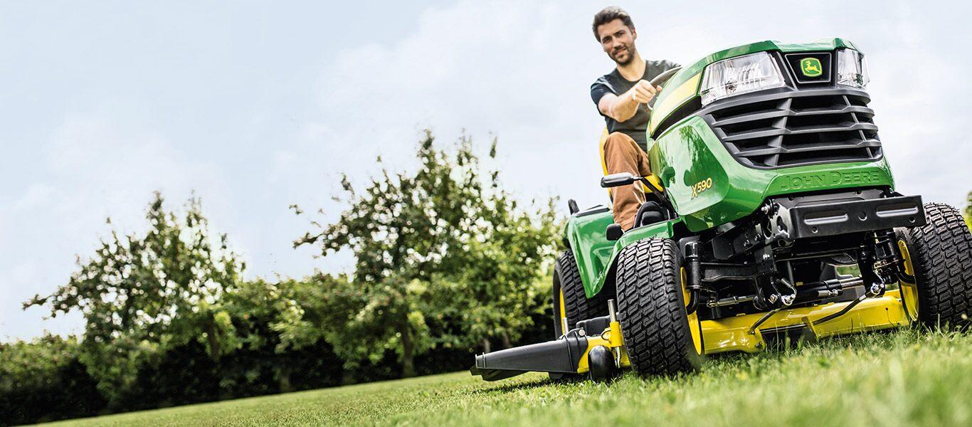 John Deere Ride-on Mowers & Garden Tractors
